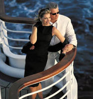 cruise-couple.jpg